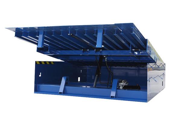 Carico e scarico container con rampe olimpia trasporti for Rampe di carico per container